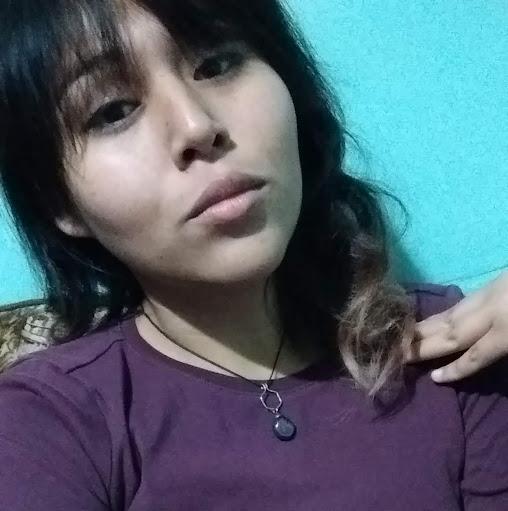 Janet Flores Photo 28