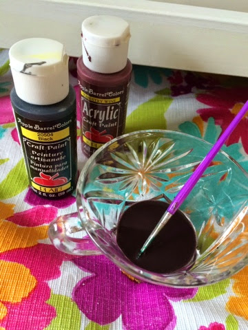 Nesting Gone Awry: DIY Chalk Paint with Diatomaceous Earth
