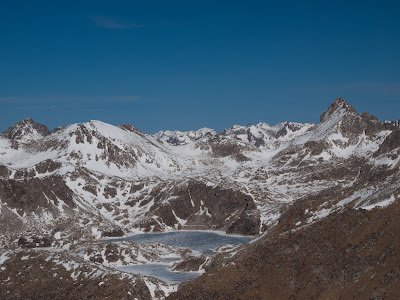 Vista cap al Parc Nacional d'Aigüestores i Estany de Sant Maurici