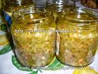 Misto di pomodori e peperoni sott'olio