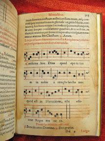 Más descripción de los que se hace en la ordenación de las monjas