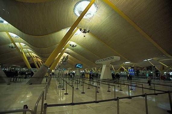 La T-4 del Aeropuerto de Madrid-Barajas es elegida como la tercera mejor terminal aeroportuaria del mundo