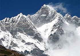 Lhotse - 10 Gunung Tertinggi Dunia