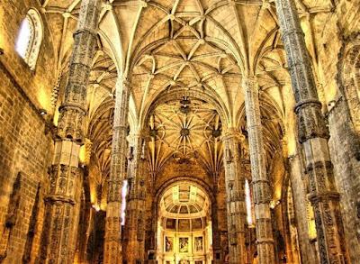 Interior del monasterio (Fuente: Wikimedia Commons)