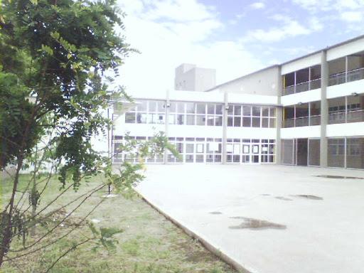 Colegio Larroque