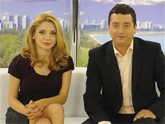 """Ели Гигова и Витомир Саръиванов слизат от """"Здравей, България"""""""