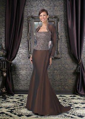 Modelo de vestido para mama de la novia