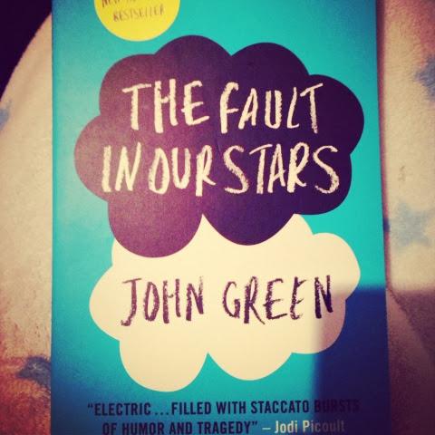 book reviewthe fault in our starsjohn green della