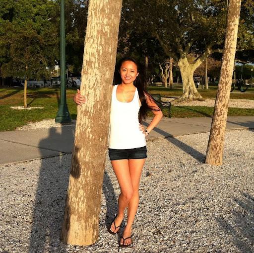 Carolyn Liu Nude Photos 2