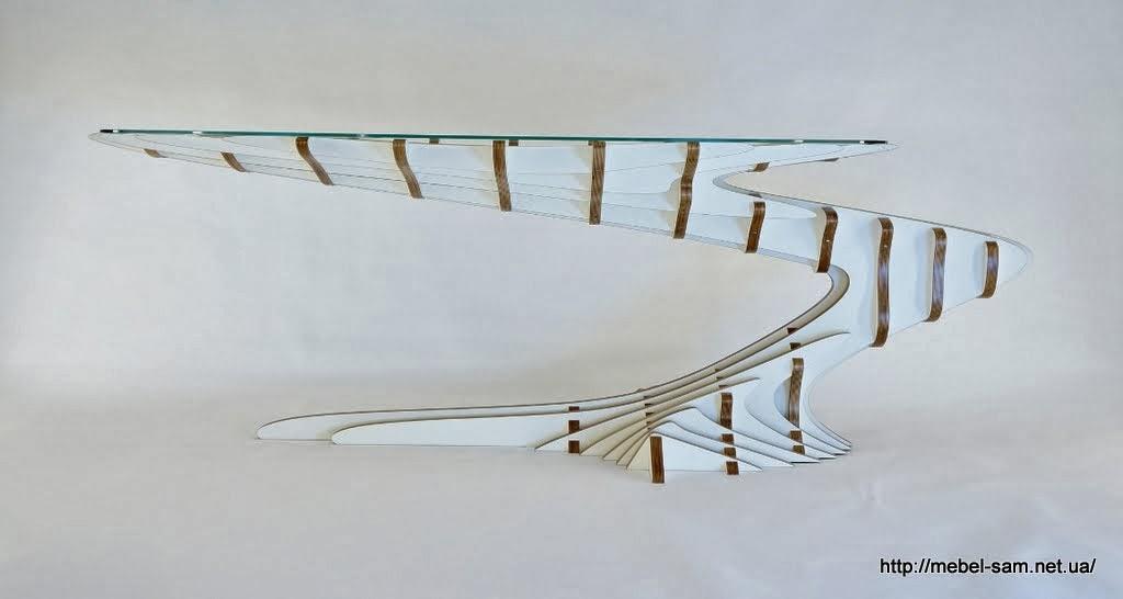 Стол из фанеры - вид сбоку