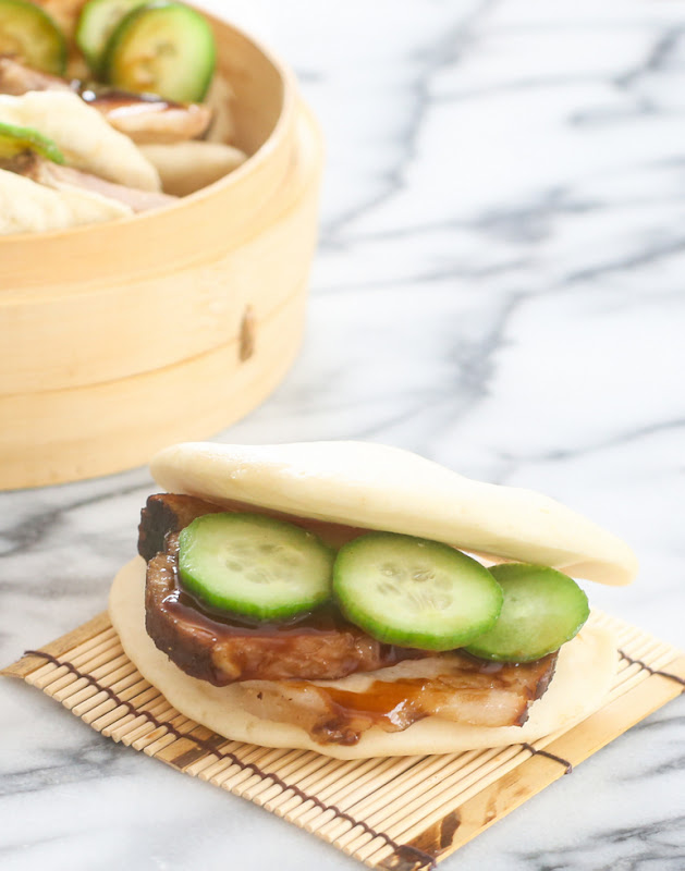 pork-filled 5-minute homemade chinese bun