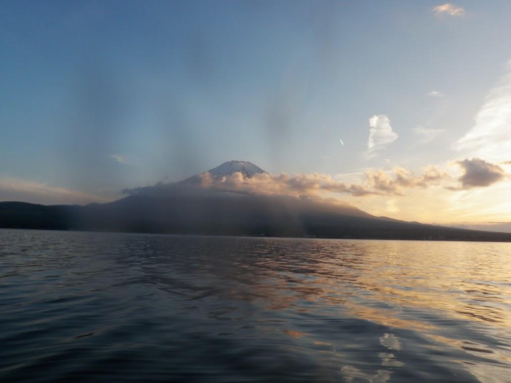 山中湖バスフィッシング 富士山の夕焼け