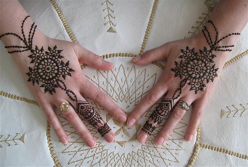 Resultado de imagen para tatuajes de henna india