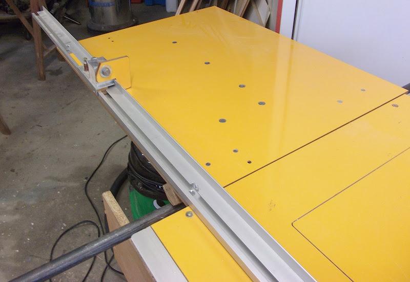 En cours - Table de sciage/défoncage DIY DSCF2039