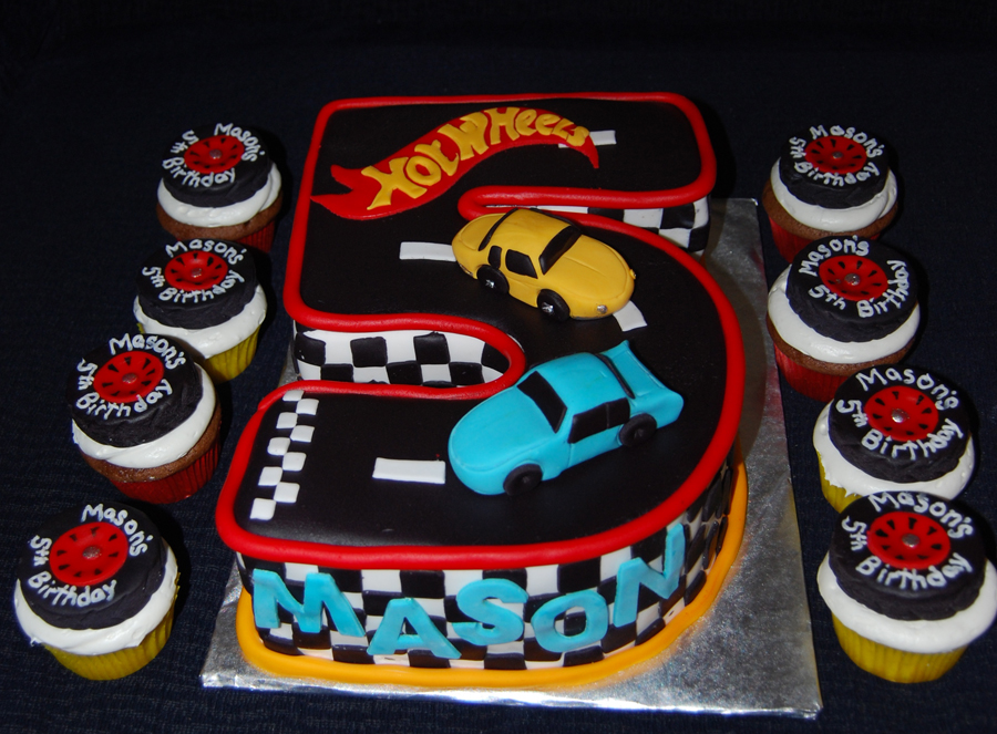 Images Of Hot Wheels Cake : Leelees Cake-abilities: Hot Wheels Cake and cupcakes