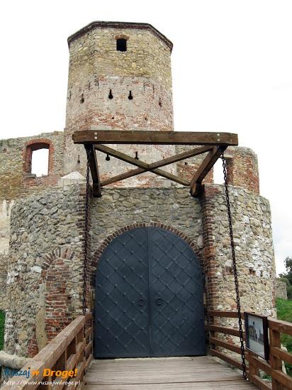 most zwodzony zamku Siewierz