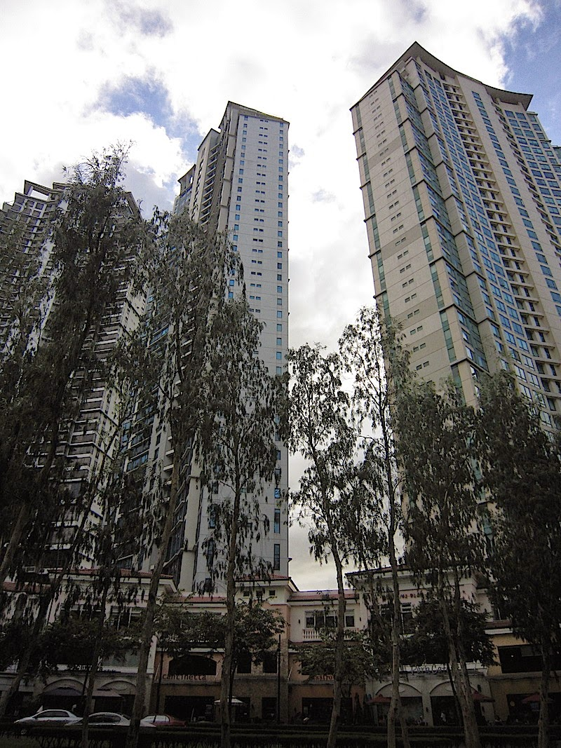 Burgos Circle in Bonifacio Global City