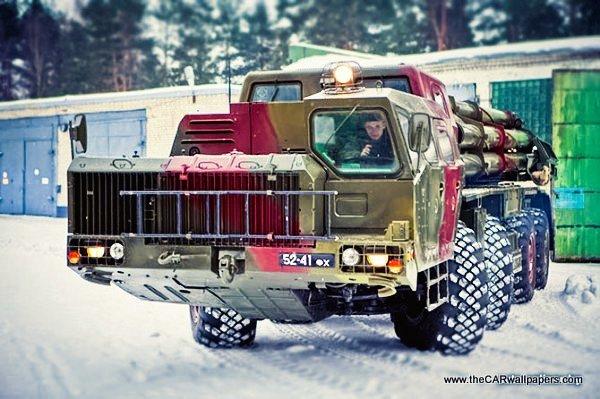 smerch MAZ 543M russian