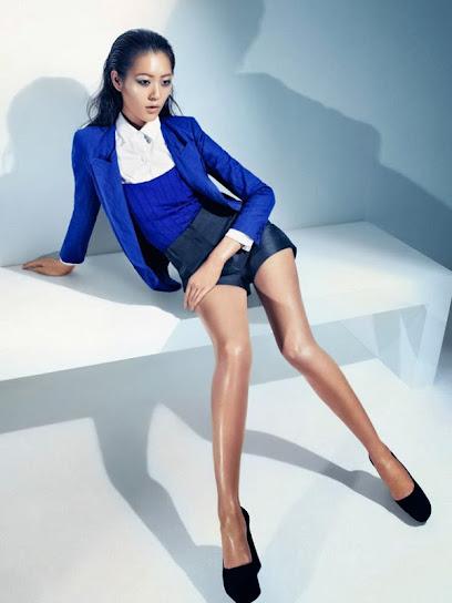 Liu Wen, desnuda