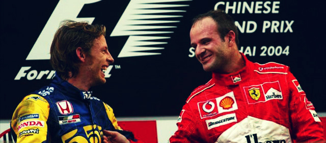 Rubens Barrichello y Jenson Button en el podio de China 2004