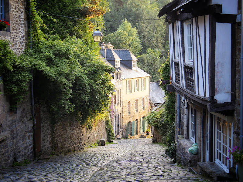 Quiet streets of Dinan