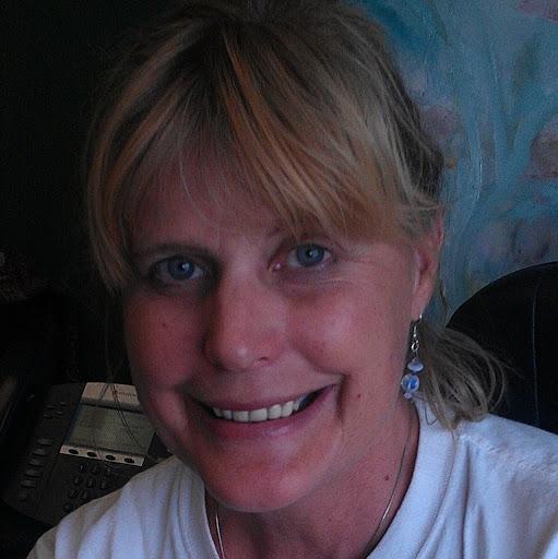 Susan Ayers Photo 35