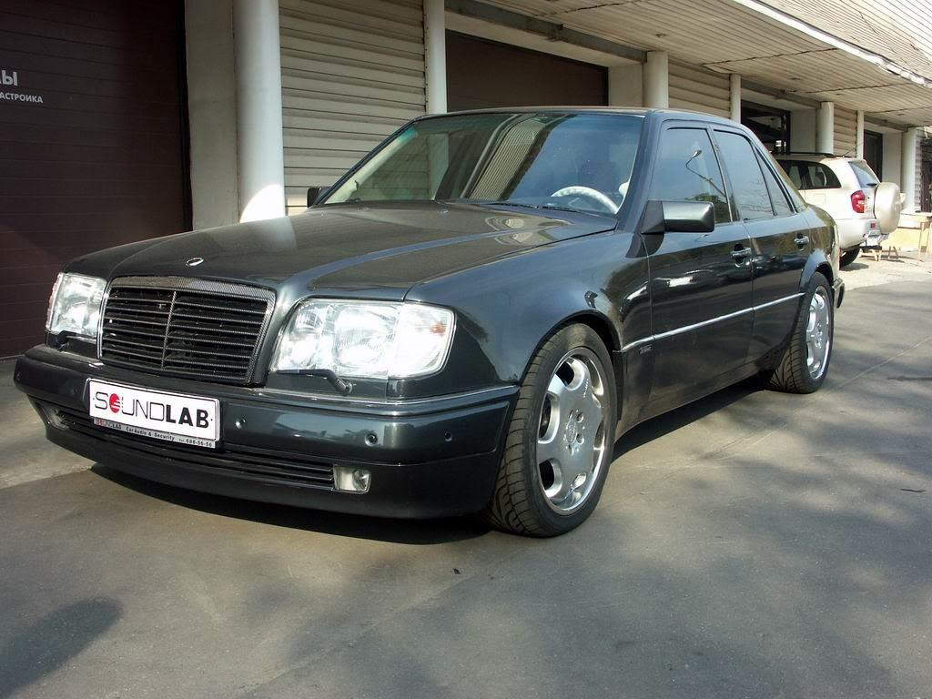 Carlsson e60 w124 based on mercedes benz e500 w124 for Mercedes benz carlsson