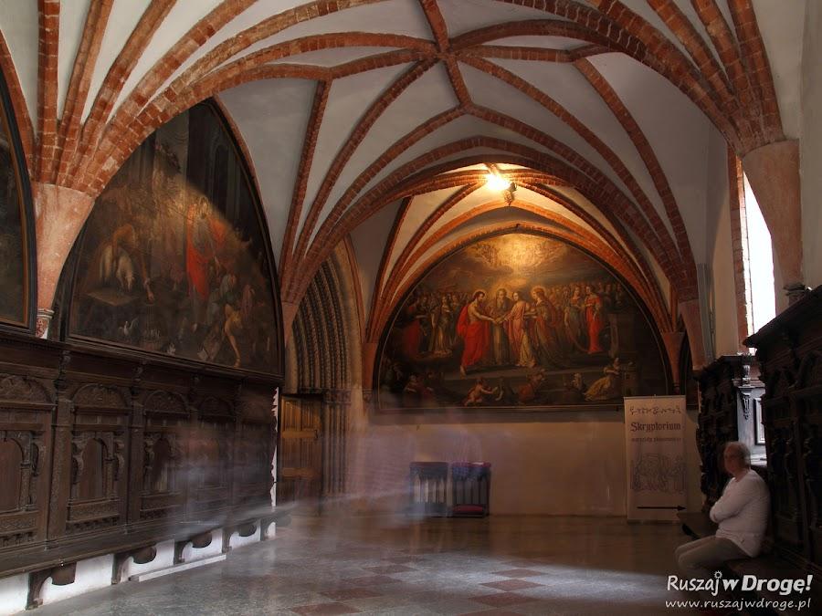 Katedra w Pelplinie - krużganki Klasztoru Cystersów
