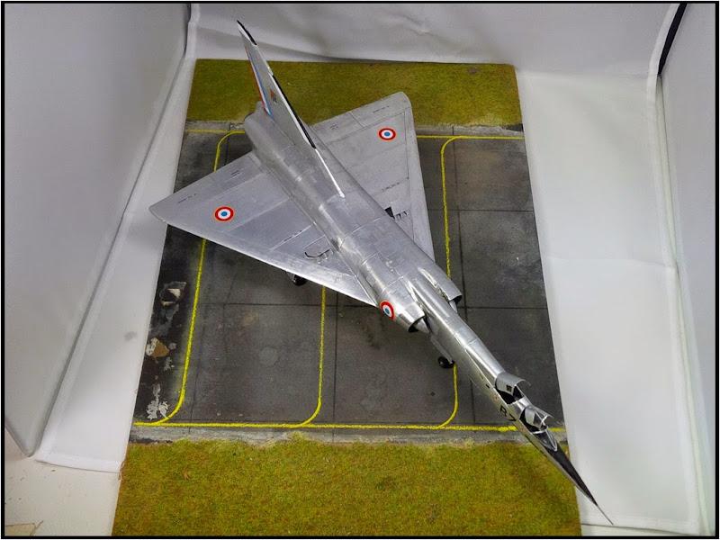 GAMD Mirage IV B. Un gros mirage IV, en scratch et au 72 IMG_20141007_191543