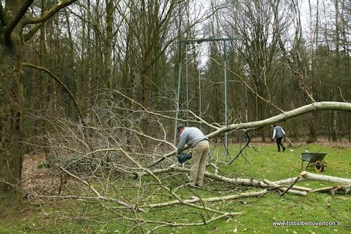 houthakkersmeewerkdag overloon 3-03-2012 (19).JPG