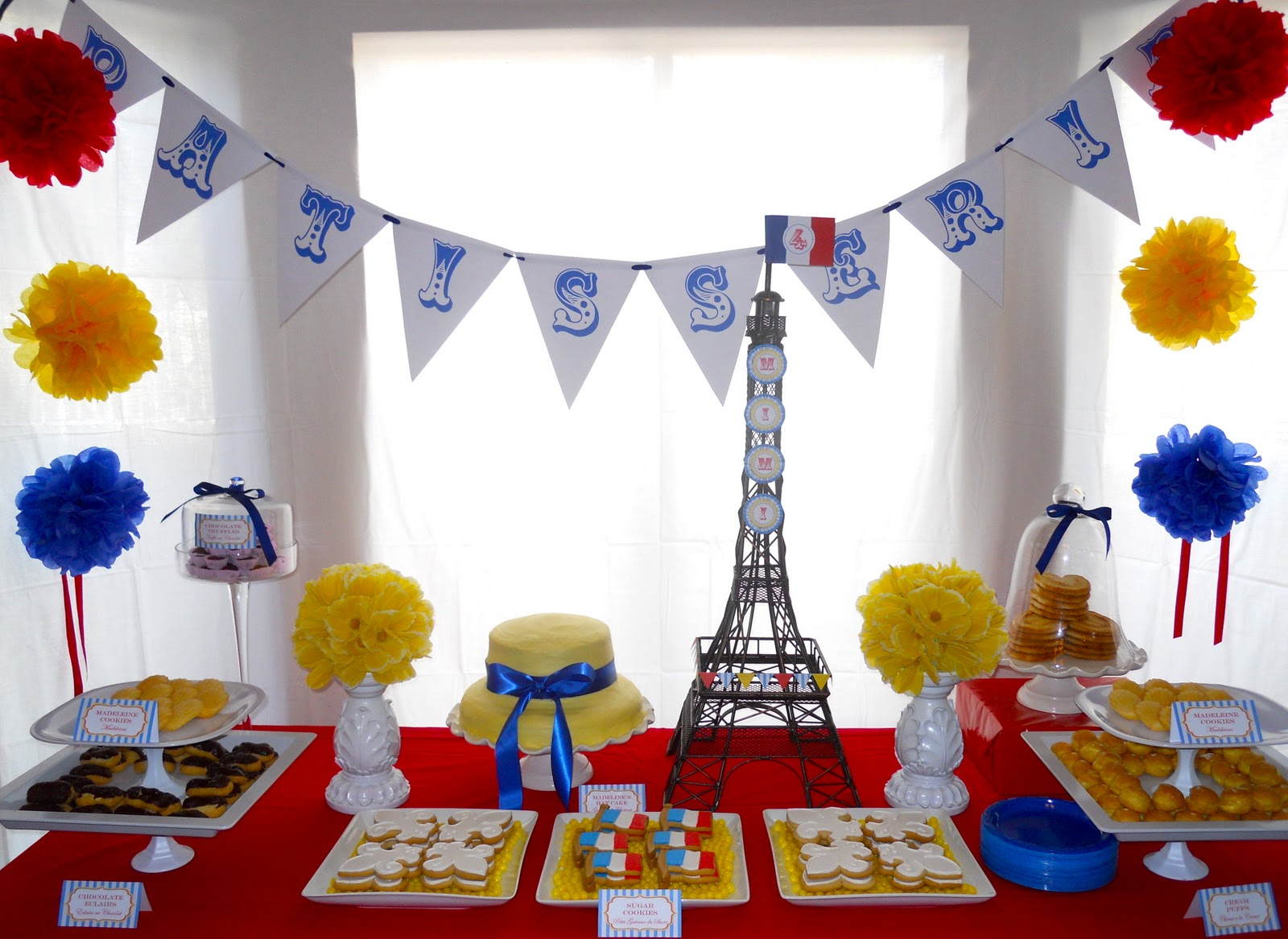 Oh sugar events february 2011 - French themed table decorations ...