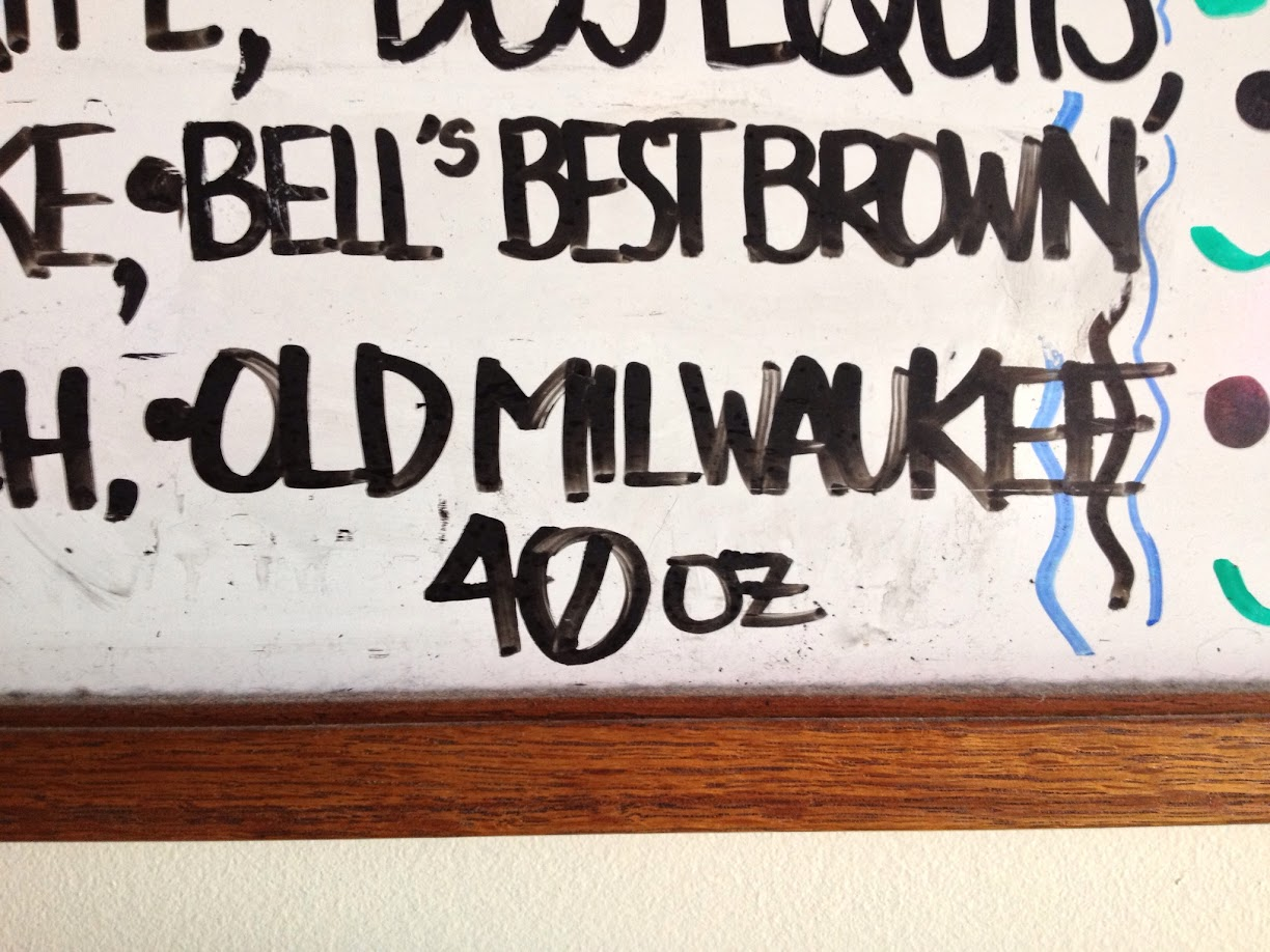 Old milwaukee 40 oz, 40s, honest john's detroit, honest johns drinks, good drink prices, good food, michigan bars, detroit bars,