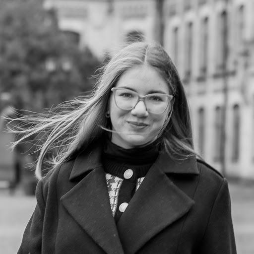 Yana Kovalenko picture