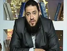 نوال السعداوي والشيخ حازم شومان