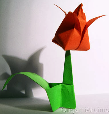 бумажный тюльпан