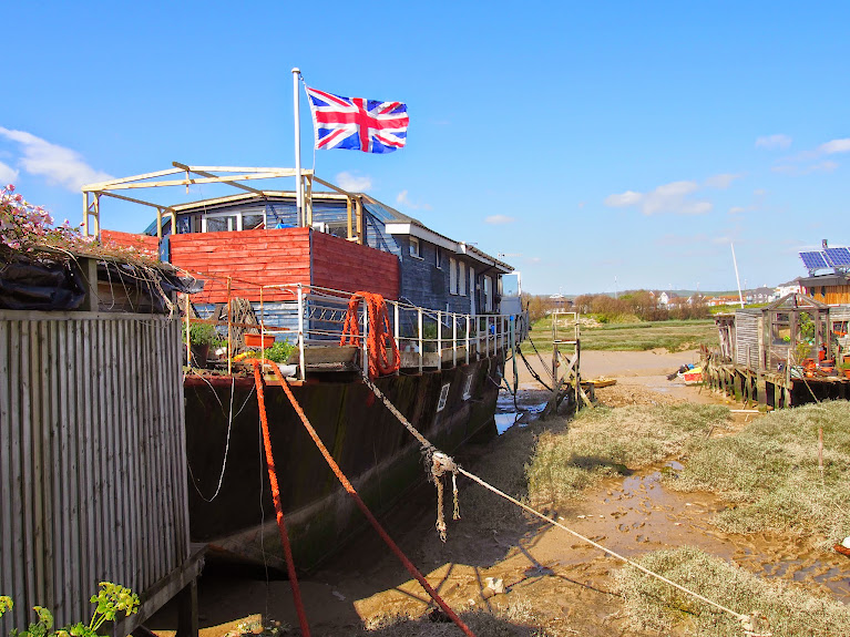 shoreham house boats