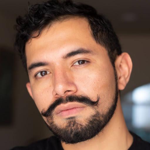 Adrian Mendoza Photo 29