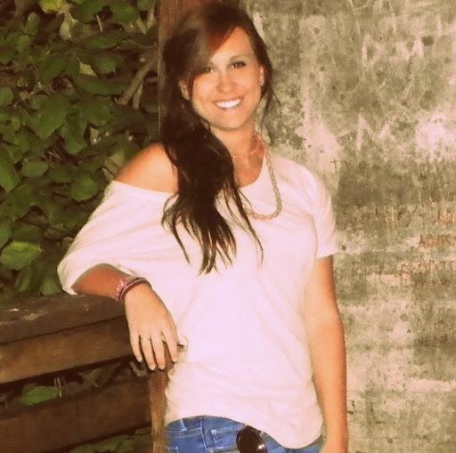 Brittany Jones Photo 23