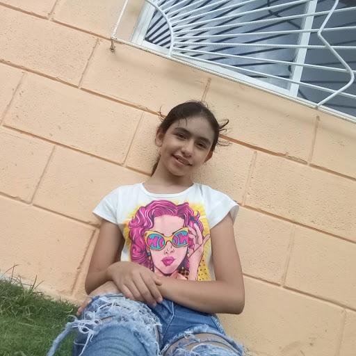 Clara Mendoza Photo 24