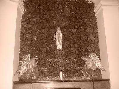 Kostel sv. Prokopa ve Středoklukách