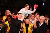 Yves Ngabu klopt Boya KO, Delfine Persoon verlengt WBC wereldtitel