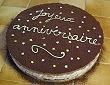 Gateau joyeux anniversaire au chocolat et à la poire