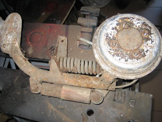 Mi idea de como restaurar hierro viejo; 125S 1959 (FdA) IMG_4847