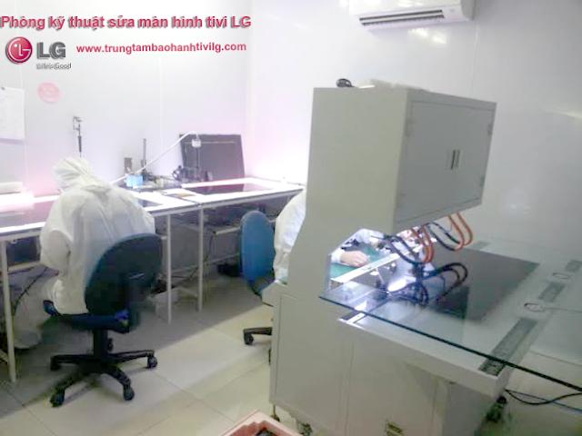 Hình ảnh Phòng kỹ thuật Sửa màn hình tivi LG lỗi kẻ sọc, ngang