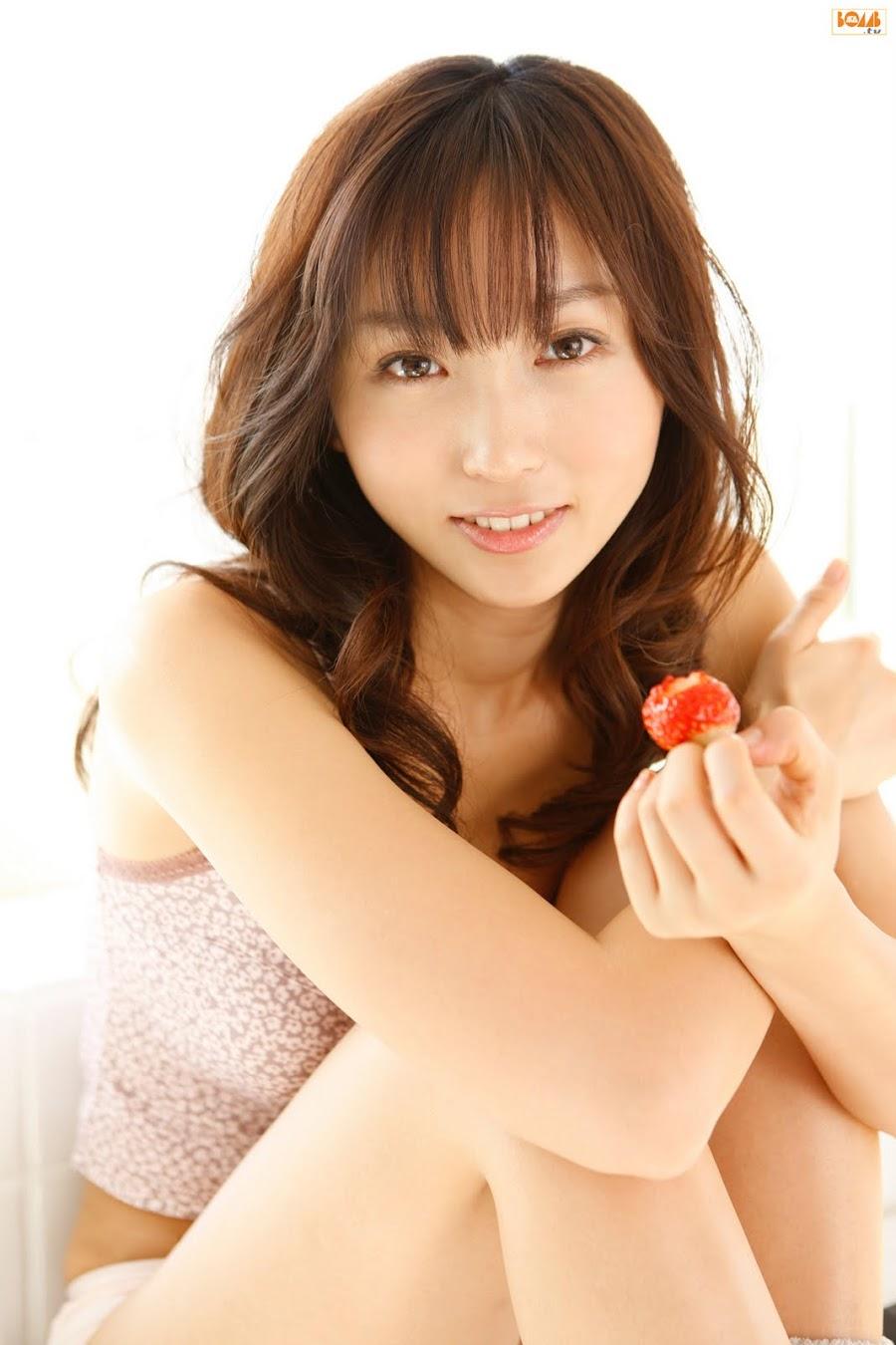 Risa Yoshiki - Japanese Idol