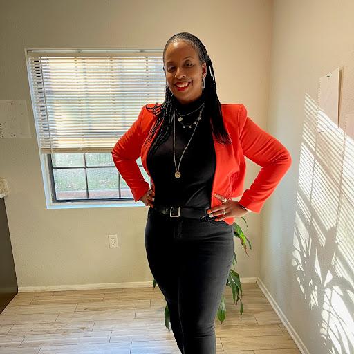Dionne Johnson Photo 24