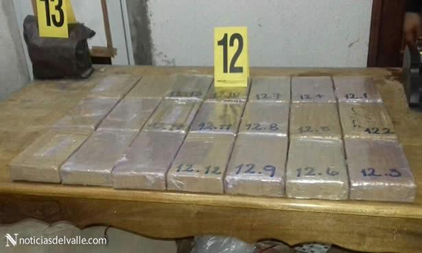 Localizan drogas y dolares en Ayutla, San Marcos