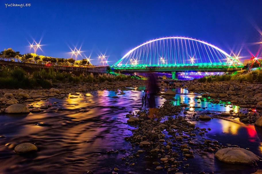 溪底的情人橋