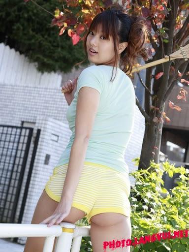 Japanese Girl Sayuki Matsumoto Super Hot Bikini