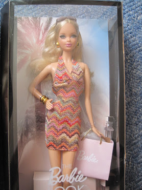 IRENgorgeous: Magic Kingdom filled with Barbie dolls - Page 20 IMG_9447